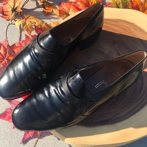 Bally Made In France Leather Dress Shoe Loafer